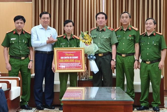 Khen thưởng Công an TP Đà Nẵng triệt phá đường dây đánh bạc trên 10.000 tỷ đồng