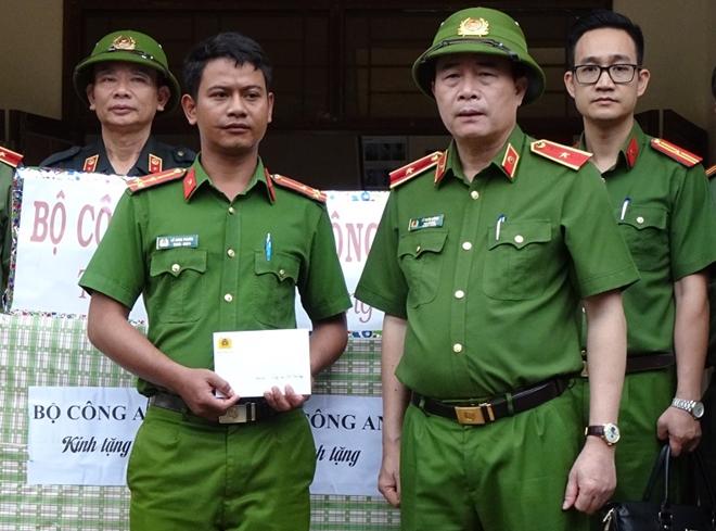 Thứ trưởng Lê Quốc Hùng đốc thúc công tác tìm kiếm nạn nhân mất tích ở Quảng Nam - Ảnh minh hoạ 5