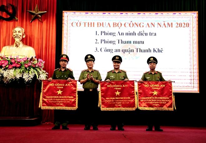 Công an TP Đà Nẵng triển khai nhiệm vụ công tác năm 2021 - Ảnh minh hoạ 3