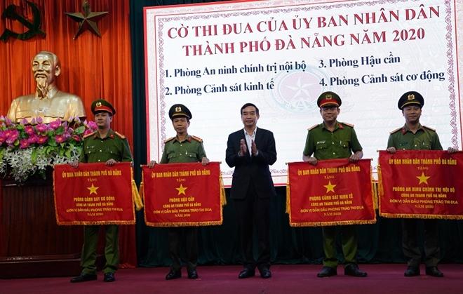 Công an TP Đà Nẵng triển khai nhiệm vụ công tác năm 2021 - Ảnh minh hoạ 5