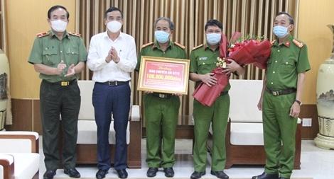Thưởng 100 triệu đồng đơn vị triệt phá nhóm cho vay lãi nặng đến từ Hà Nội