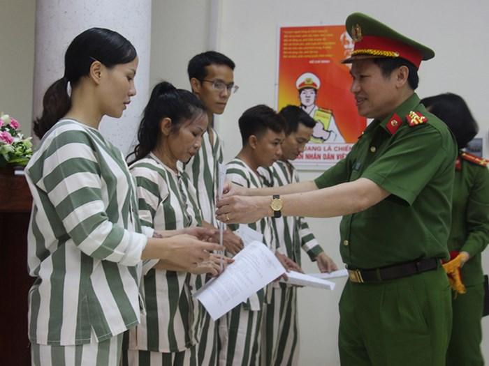 Công an Hà Nội và Trại giam Xuân Hà tha tù trước thời hạn có điều kiện cho phạm nhân