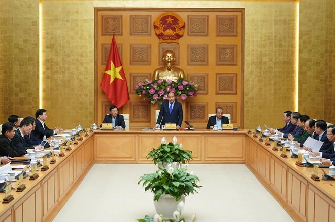 Thủ tướng Nguyễn Xuân Phúc chủ trì họp về tình hình Tết và phòng, chống dịch nCoV
