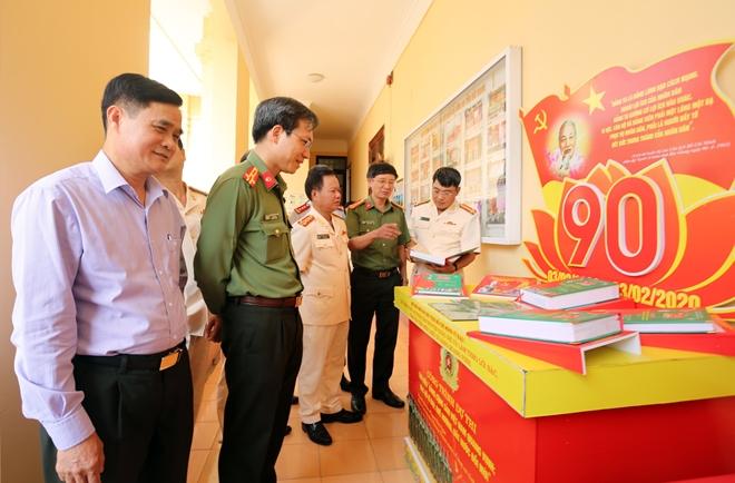 Công an Bắc Giang tuyên dương 112 gương điển hình tiên tiến