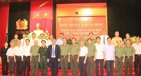 """Hội thảo khoa học """"Đảng, Bác Hồ và nhân dân với Công an nhân dân"""""""