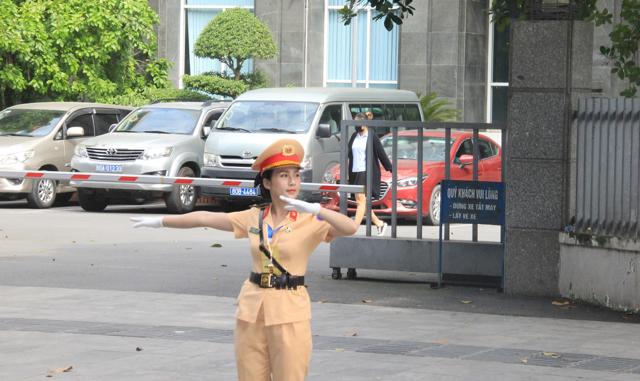 Ấn tượng nữ CSGT dẫn đoàn phục vụ ĐHĐB Công an Trung ương - Ảnh minh hoạ 10