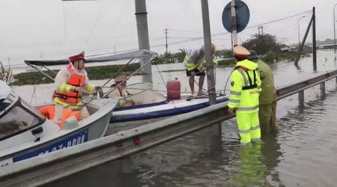 Cục CSGT triển khai phương án phòng chống cơn bão số 8