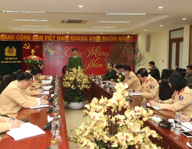 Thứ trưởng Nguyễn Duy Ngọc kiểm tra công tác ứng trực bảo vệ Tết