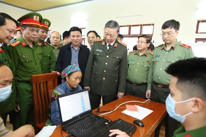 Hỗ trợ xây 600 ngôi nhà cho hộ nghèo ở huyện Mường Lát - Ảnh minh hoạ 4