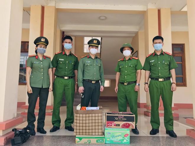 """Xúc động """"Lá thư thời chiến"""" của cán bộ Công an Bắc Giang - Ảnh minh hoạ 3"""