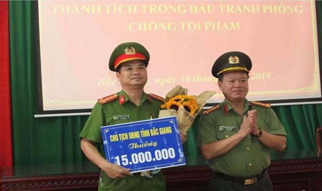 Chủ tịch tỉnh Bắc Giang khen thưởng Phòng CSĐT tội phạm về ma tuý