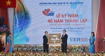 Chủ tịch nước dự lễ kỉ niệm thành lập trường Đại học Kinh tế TP. Hồ Chí Minh
