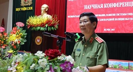 Cách mạng Tháng Mười Nga và bài học kinh nghiệm đối với CAND Việt Nam