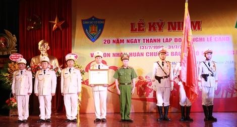 Đoàn Nghi lễ CAND đón nhận Huân chương Bảo vệ Tổ quốc hạng Ba