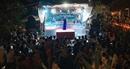 """Hàng ngàn khán giả đến xem NSƯT Tố Nga hát sau MV """"Cúc ơi"""""""