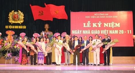 Học viện ANND kỷ niệm 36 năm Ngày Nhà giáo Việt Nam