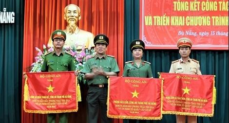 24 tổ cảnh sát cơ động Hà Nội phân làn giao thông dịp Tết