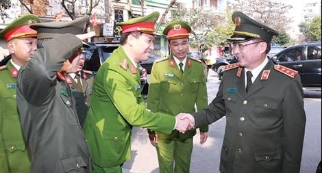 Thứ trưởng Nguyễn Văn Thành kiểm tra công tác ứng trực tại một số đơn vị
