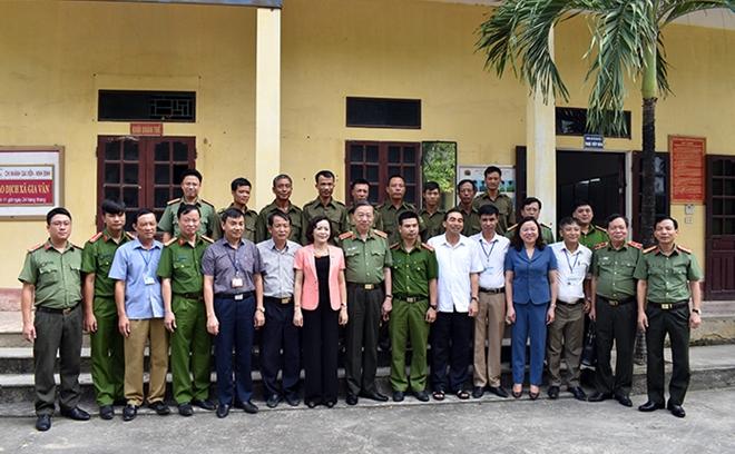 Bộ trưởng Tô Lâm làm việc với Công an Ninh Bình về xây dựng Công an xã chính quy - Ảnh minh hoạ 5
