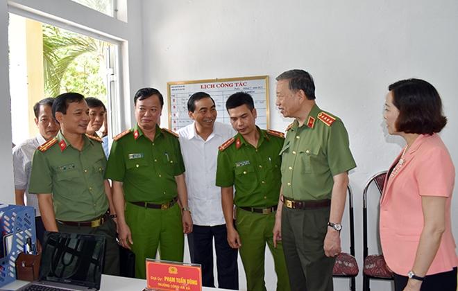 Bộ trưởng Tô Lâm làm việc với Công an Ninh Bình về xây dựng Công an xã chính quy - Ảnh minh hoạ 3