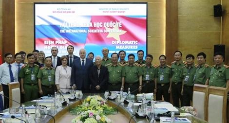 """Hội thảo khoa học quốc tế """"Biện pháp ngoại giao trong bảo vệ An ninh quốc gia"""""""