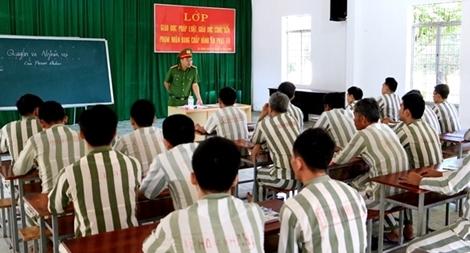 Những người thầy đặc biệt tại Trại giam Định Thành