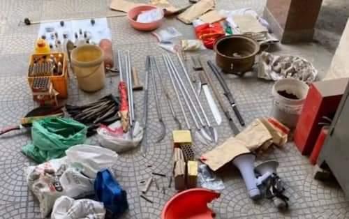 Số vũ khí thu được tại nhà Lê Đình Kình.