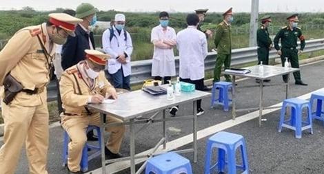 30 tổ chống dịch ở cửa ngõ Thủ đô vẫn hoạt động bình thường