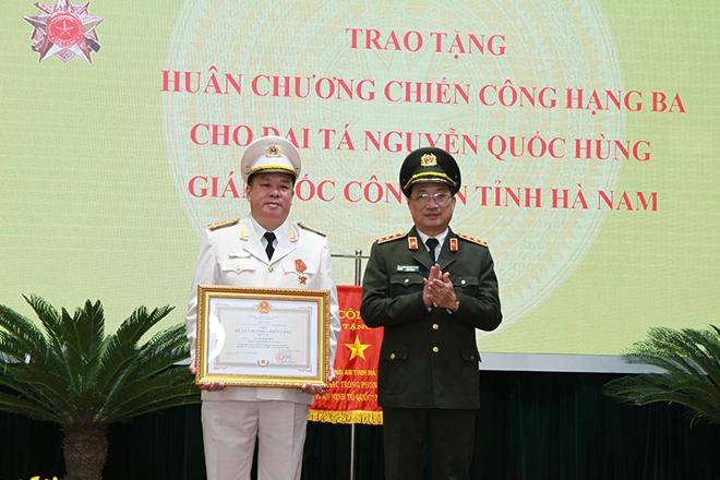 Công an tỉnh Hà Nam triển khai công tác năm 2021 - Ảnh minh hoạ 3
