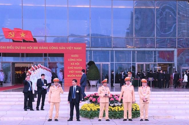 Chuyện bảo vệ an ninh, trật tự ở nơi tổ chức Đại hội XIII của Đảng - Ảnh minh hoạ 9