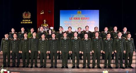 """Bộ Tư lệnh Cảnh vệ cần chú trọng công tác """"luyện cán, rèn quân"""""""