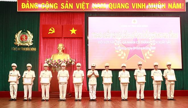 Công an Đắk Nông lập nhiều thành tích trong 6 tháng đầu năm 2021 - Ảnh minh hoạ 2
