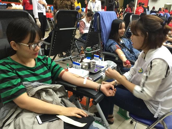 Hiến máu cứu người và những câu chuyện tình nguyện đầy xúc động - Ảnh minh hoạ 3