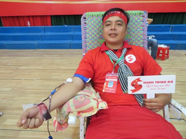"""Người đàn ông Thái Lan hiến máu lần thứ 48 tại """"Giọt hồng đất Kiên Giang"""" - Ảnh minh hoạ 2"""