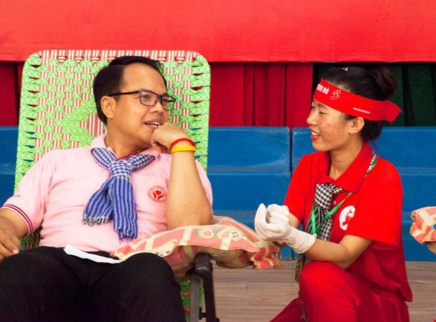 """Người đàn ông Thái Lan hiến máu lần thứ 48 tại """"Giọt hồng đất Kiên Giang"""""""