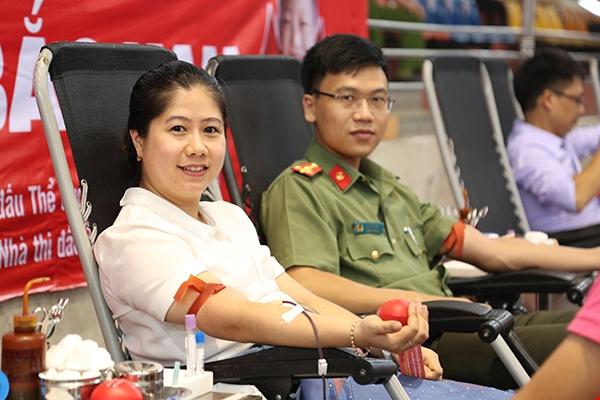 Đông đảo cán bộ, chiến sĩ Công an Bắc Kạn hiến máu - Ảnh minh hoạ 3