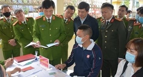 Thứ trưởng Nguyễn Duy Ngọc kiểm tra công tác của Công an 6 tỉnh, thành