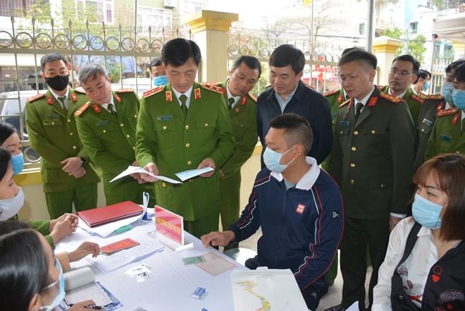 Thứ trưởng Nguyễn Duy Ngọc kiểm tra công tác của Công an 6 tỉnh, thành - Ảnh minh hoạ 3