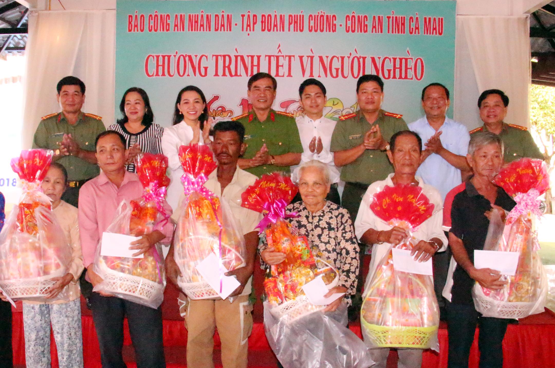 Xuân về với đồng bào nghèo nơi cực Nam Tổ quốc