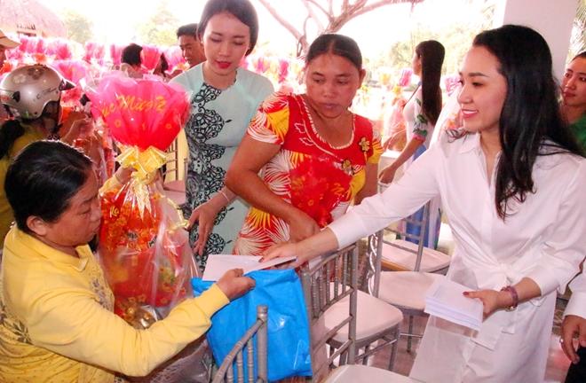 Xuân về với đồng bào nghèo nơi cực Nam Tổ quốc - Ảnh minh hoạ 6