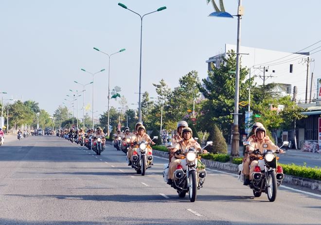 Công an tỉnh Bến Tre ra quân cao điểm đảm bảo an toàn dịp lễ 30-4 và 1-5 - Ảnh minh hoạ 3