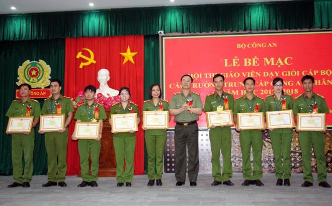 Bế mạc Hội thi giáo viên dạy giỏi cấp Bộ các trường trung cấp CSND - Ảnh minh hoạ 3