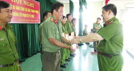 Công an tỉnh An Giang triệt xóa 50 băng nhóm tội phạm có tổ chức