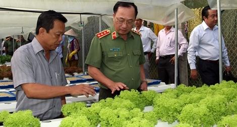 Thứ trưởng Nguyễn Văn Thành làm việc tại tỉnh An Giang