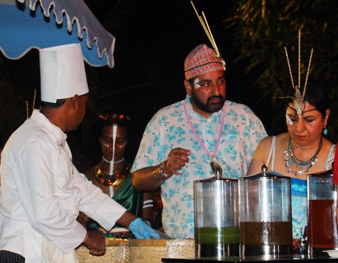 Đầu bếp và thức ăn phục vụ tại tiệc cưới được mang từ Ấn Độ sang Phú Quốc.