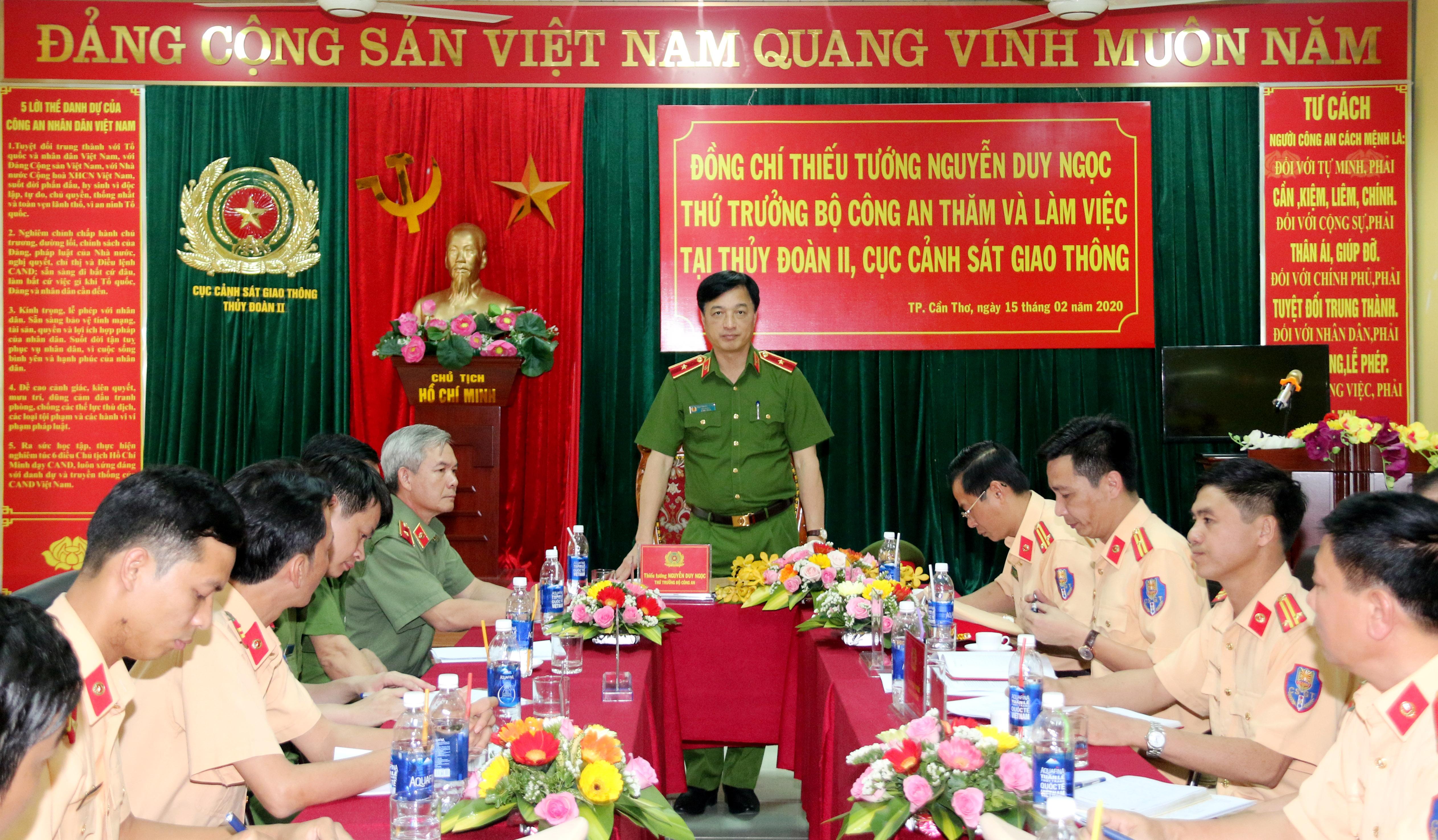 Thứ trưởng Nguyễn Duy Ngọc làm việc với Thủy đoàn II Cục CSGT và Trung đoàn CSCĐ Tây Nam Bộ