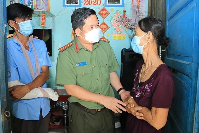 Hỗ trợ xây nhà cho thành viên chốt phòng, chống dịch bị thương khi làm nhiệm vụ - Ảnh minh hoạ 2