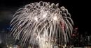 Mãn nhãn màn trình diễn pháo hoa chào đón năm mới ở New York