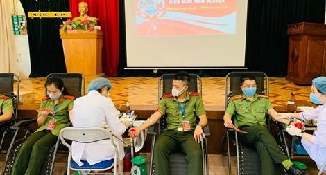Sôi nổi ngày hội hiến máu tình nguyện của Học viện Chính trị CAND