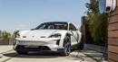 Porsche bước vào kỷ nguyên xe điện với siêu phẩm Taycan